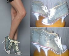 SECOND HAND FASHION HIGH TOP METAL RIVET DENIM HIGH HEELED SNEKAERS (SZ 35)