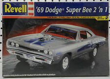 REVELL 1969 SCAT PACK DODGE BOYS SUPER BEE CORONET 440-6 STOCK DRAG 69 MODEL KIT