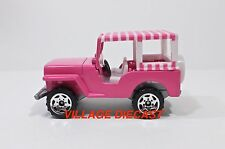 2003 Matchbox Elvis Favorite Cars 1960 Jeep® Surrey PINK/SAWBLADE WHEEL/MINT