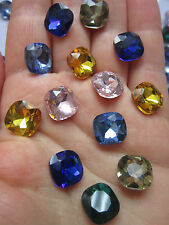 8 Glass Pointed Back Rhinestone Cabochons, Back Flated, Faceted Sqaure chatons