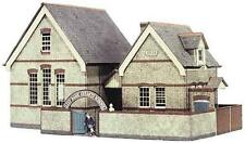 Superquick The Village School Die-Cut Card Building Model Kit B31 00/HO Gauge