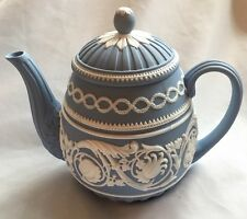 MIB WEDGWOOD JASPERWARE ARABESQUE 250TH ANNIVERSARY TEAPOT WITH LID~MINT