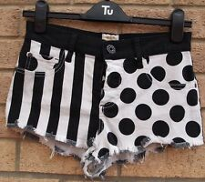 RIVER ISLAND BLACK WHITE SPOTTY STRIPED FRAYED DENIM JEANS HOT PANTS SHORTS 8 S