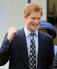 Prince Harry UNSIGNED photo - D355 - HANDSOME!!!!!
