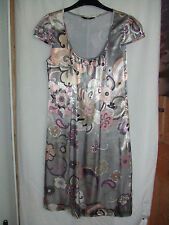 Gorgeous Grey & Pink Lined Shift Dress from Oli - Size 10