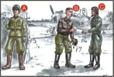 CMK 1:72 Soviet Pilots (2 Fig.) and Mechanic WWII Resin Figure #F72047