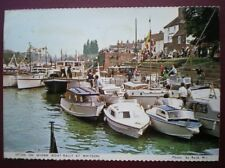 POSTCARD WORCESTERSHIRE UPTON ON SEVERN (BOAT RALLY AT WHITSUN)
