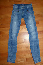 ** GUESS ** Awesome Destroyed Distressed Super Skinny Stretch Jeans 24 X 30