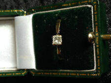 9ct Gold Single Stone Square Set Diamond Ring (Size N)