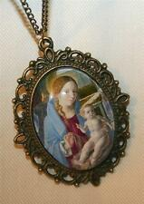 Lovely Picot Rim Renaissance Painting Mary Madonna Christ Child Medal Necklace