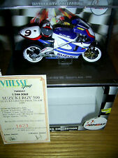 Nobuatsu Aoki Suzuki RGV500 19991:24 Model with Helmet