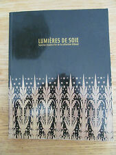 Lumières de soie Soieries tissées d'or Collection 2004 Chine Japon Silk Catalog