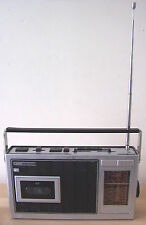FAULTY REFURBISHED GRUNDIG C2800 MAINS BATTERY RADIO CASSETTE RECORDER
