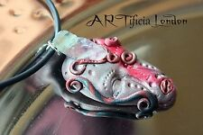 Alien Artefact Sculptured Pendant w/ Natural Fluorite Crystal Healing Necklace