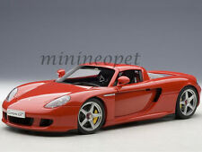 AUTOart 78044 PORSCHE CARRERA GT 1/18 DIECAST MODEL CAR RED