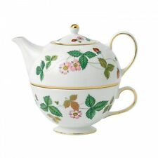 Wedgwood WILD STRAWBERRY TEA FOR ONE Set Teapot Tea Pot - NEW / BOX!