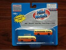 N Scale Classic Metal Works #52308 GMC TDH 3610 Bus, Orange with Cream Roof