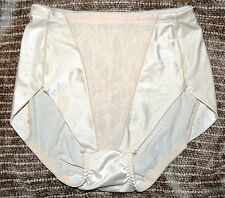 Lady Manhattan 5111 Vintage Shaping Brief Fair Color Medium MADE IN THE USA