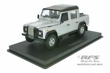 Land Rover Defender 110 Pick up - silber schwarz - 1:18 UH 3883