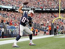 ROB GRONKOWSKI AFTER TD NEW ENGLAND PATRIOTS SUPERSTAR TIGHTEND 8X10