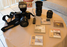 Minolta 7xi 35mm highend camera with filters, flash and bag