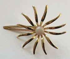 Vintage Hair Barrette - Flower shape clip barrette with plastic pearl center