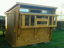 Pigeon loft with netting box