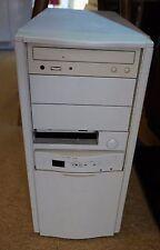 Klassischer PC Pentium MMX ISA Slot 200MHz 40MB RAM für Vintage und Windows 98