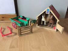 Sylvanian Families Stable With Ponies