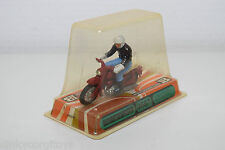 BRITAINS 9687 HONDA BENLY 125CC 125 CC MOTOR BIKE WITH DRIVER RED MINT BOXED