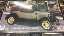 Ford 1931 Model A Roadster - Minicraft 1:16 Scale New Model Car 11236