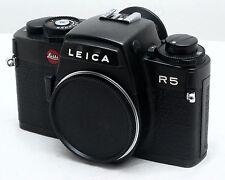 Leica R5 35mm film camera body & bracelet-meilleur exemple que nous avons eu-mint