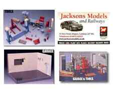 Fujimi 11118 Garage & Tools Diorama Set 1:24 Scale Kit
