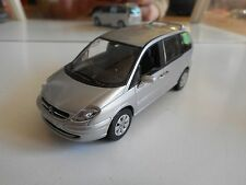 Norev Citroen Citroen C8 in Grey on 1:43