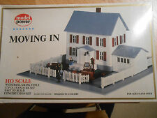 Model Power HO Scale - Building Kit Complete in Box - Moving In