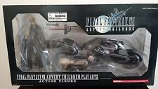 Final Fantasy VII Advent Children Play Arts Cloud & Fenrir Cycle - Square Enix