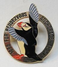 1988 Anchorage Alaska FUR RENDEZVOUS brooch pinback pin PUFFIN