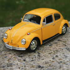 Vw beetle 1967 Classic Yellow Alloy Diecast Car Model Two doors can be opened