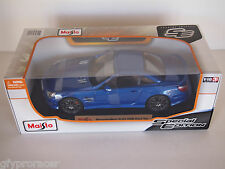 Maisto Mercedes Benz SL63 AMG Hard Top 1:18 Diecast Car