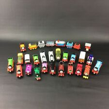 Thomas The Train Take Along Diecast METAL Magnetic Lot 29 Engine - No Duplicates