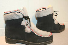 8 BLACK GRAY RED FAUX SUEDE FUR Vtg 60s SNOWLAND APRES SKI SNOW BOOT SHOE