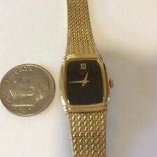 ladies Seiko Quartz watch Very nice condition new battery.