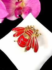 RARE 1960'S CROWN TRIFARI GOLD-TONE RUBY RED ENAMEL FIGURAL LARGE BEE BROOCH