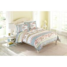 Better Homes & Gardens Country Chic Quilt - King Size - Brand NEW