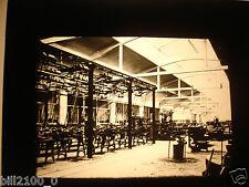 photo ancienne . plaque de verre positif . industrie. école d'électricité