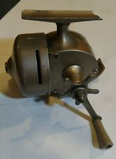 Vintage Shakespeare fishing reel push button Wondercast No.1773 with pole