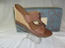 EUROSOFT BY SOFFT CARAMEL LEATHER WEDGE SIZE 10 NEW IN BOX