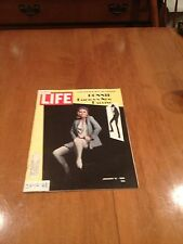 LIFE Magazine Bonnie Fashion's New Darling January 12 1968 Faye Dunaway