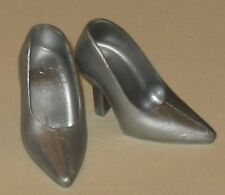 VINTAGE BARBIE REPRO-RANDALL CRAIG-SILVER CLOSED-TOE HEELS PUMPS SHOES-MINT