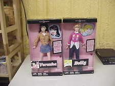 Barbie Doll Betty & Veronica Set The Archies Mattel 2005 NEW NRFB